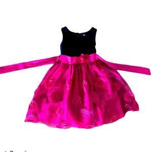 Cute little girls dress by Bloome size 12